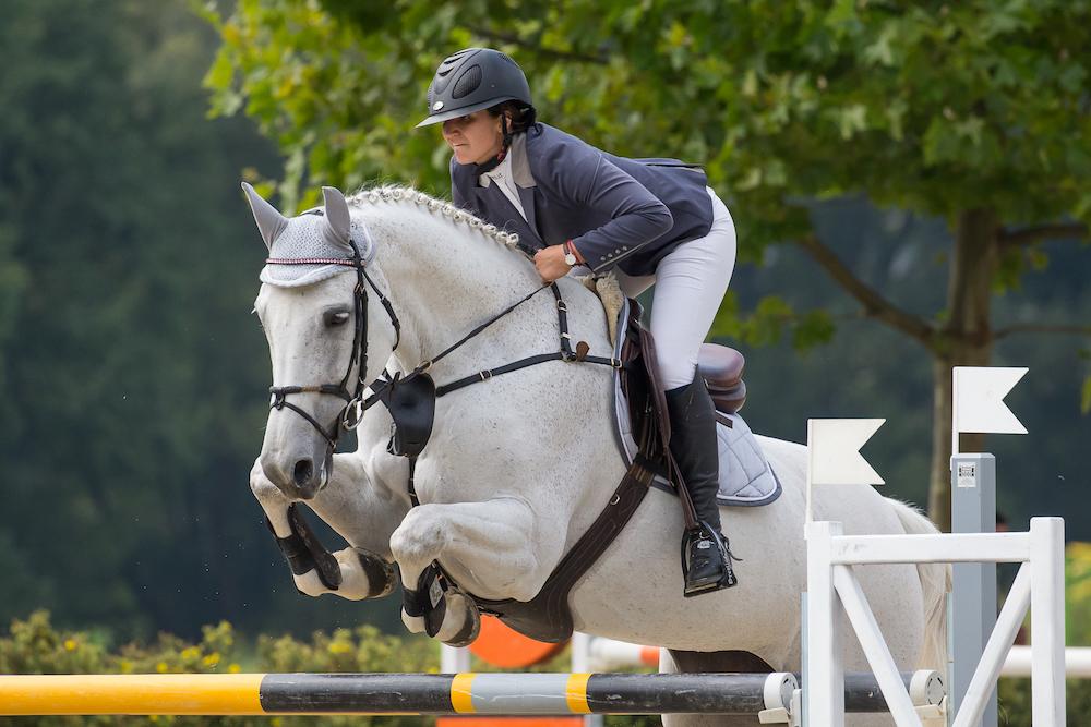 Magdalena Margreiter setzte sich mit 2229 Punkten an die Spitze der Wertung des NÖ Landekaders der Jungen Reiter. Foto: OEPS/ Andreas Schnitzlhuber