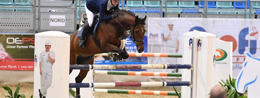 Die 21-jährige Lisa Schranz aus Lassee (NÖ) konnte mit Lexion L das Finale der kleinen Tour beim CSI Arena Nova 2017 für sich entscheiden. © Horse Sports Photo