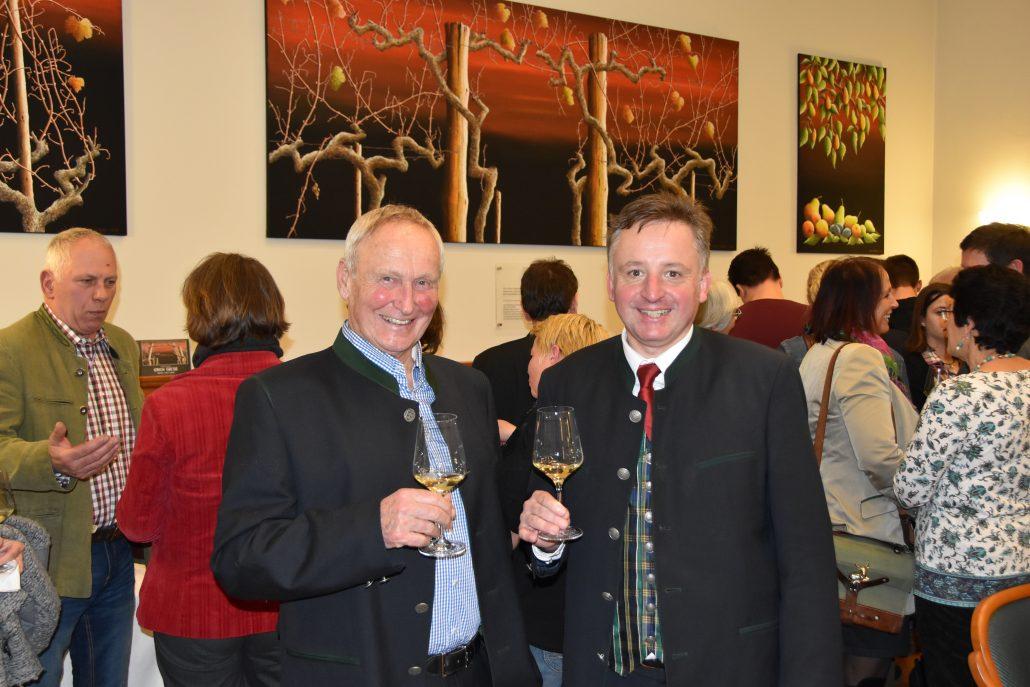 NOEPS Präsident Ing. Gerold Fautzenberg mit dem OEPS & NOEPS Referenten für Kultur und Pferd, Otto Kurt Knoll. (c) NOEPS