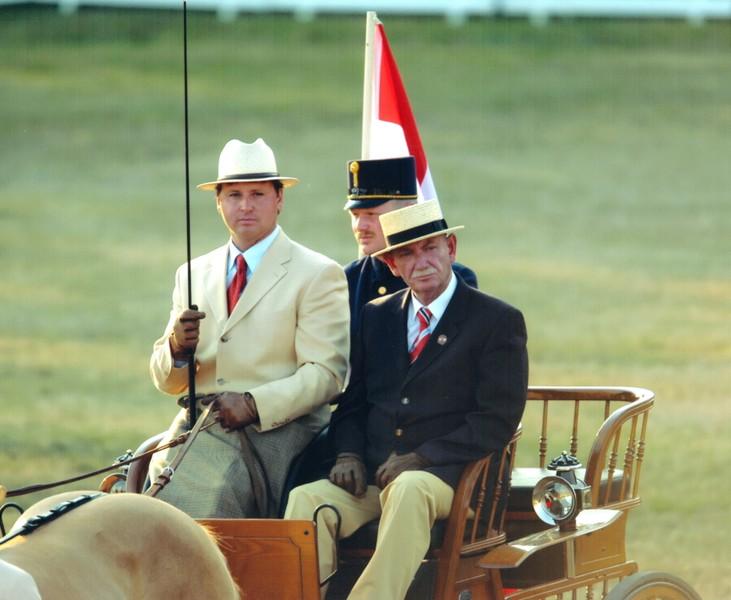 Heinz Schmid und Silbermedaillengewinner Josef Stickelberger 2003 bei der Pony-WM in Karlstetten. © privat