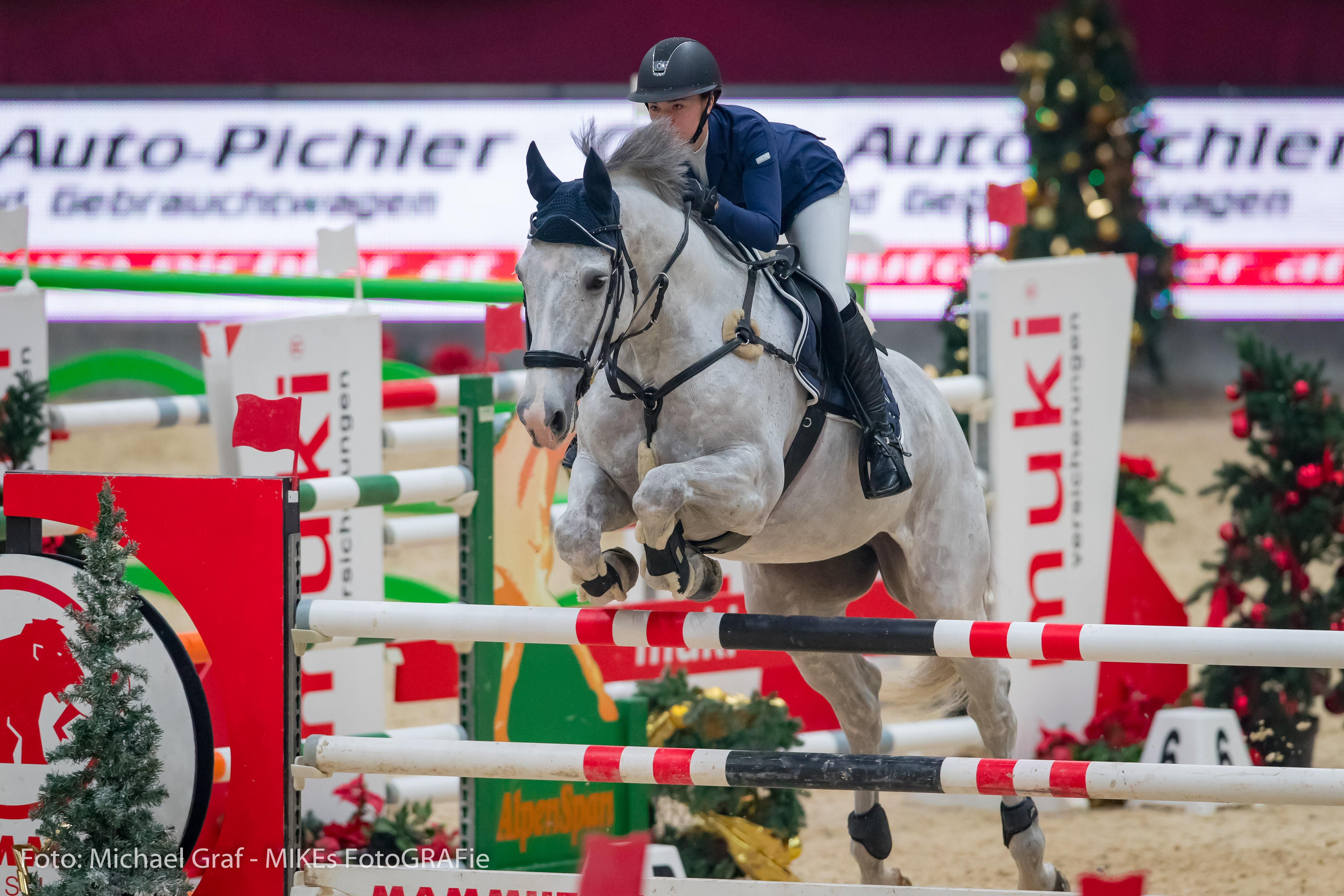 Lisa Schranz Wird Fünfte Im Ey Cup Auftakt Der Amadeus Horse Indoors