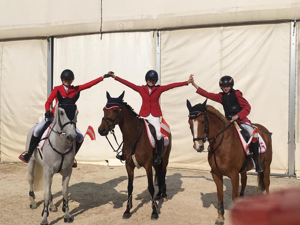 Bronze im Nations Cup von Gorla Minore (ITA) für Österreichs Ponyreiter. © Facebook Thomas W. Kreidl