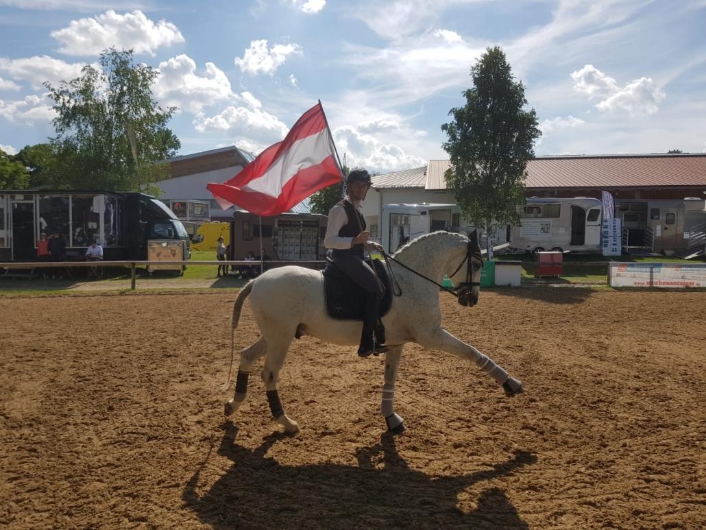 Der Niederösterreicher Felix Berger hat bei der Pferd International München Österreichs Farben in der Disziplin Working Equitation vertreten. © privat