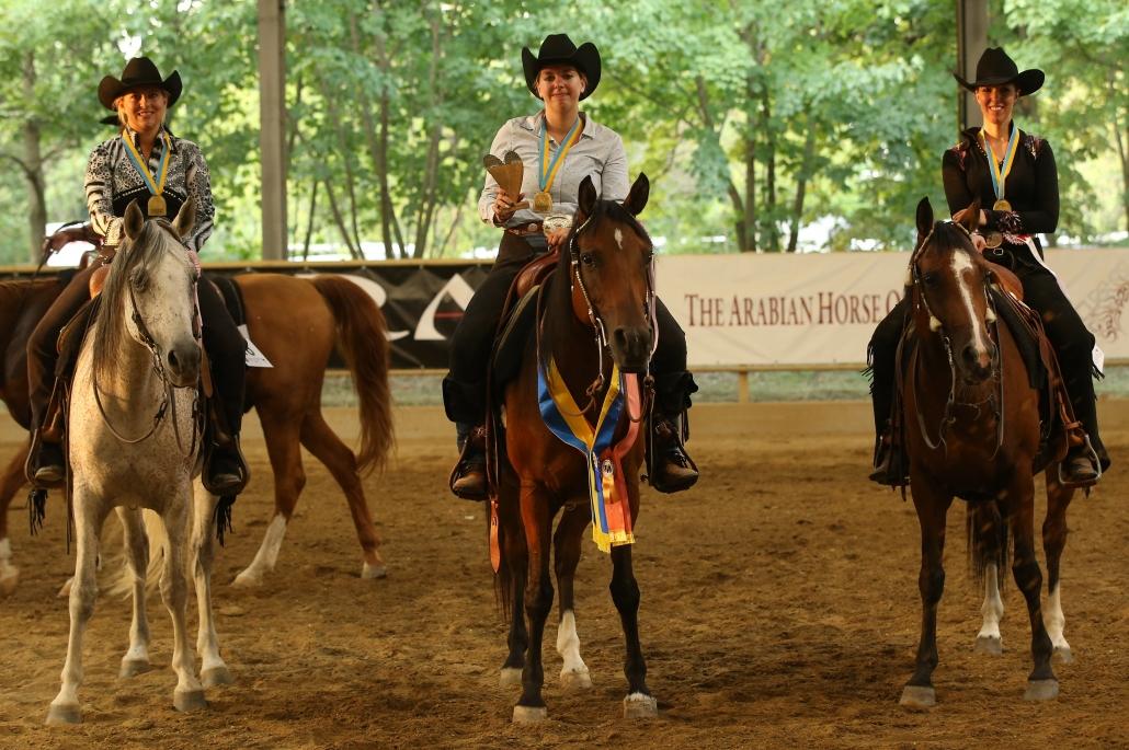 NÖ Landesmeisterschaft Western Pleasure: Susanne Schueh, Elisabeth Steiner und Chantal Wolf. © Christian Kellner