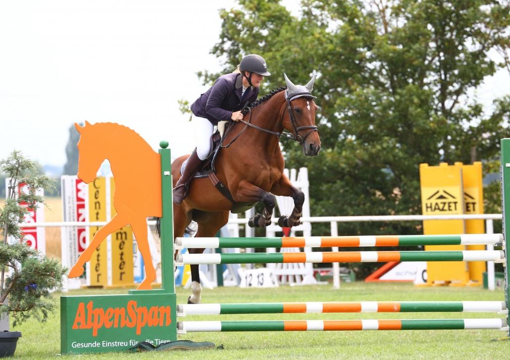 Julia Hinterhofer (Reitverein Equus Hatzenbach | Bezirk Korneuburg) gewinnt den Pegus Risikospringcup in Bad Fischau. © Eszter Nemeth