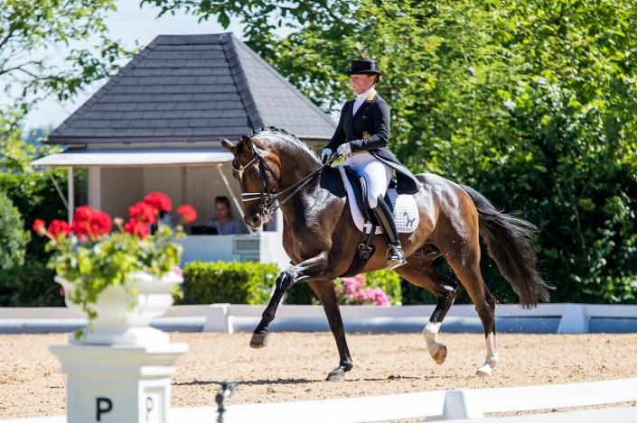 Die sechsfache Olympiasiegerin Isabell Werth mit dem Max-Theurer-Pferd Quantaz. © Michael Rzepa