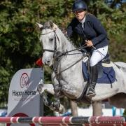 Amelie Bitzan (N) & Donit auf dem Weg zum Sieg im Petit Happy Horse Pony Grand Prix. © OEPS   Andreas Schnitzlhuber
