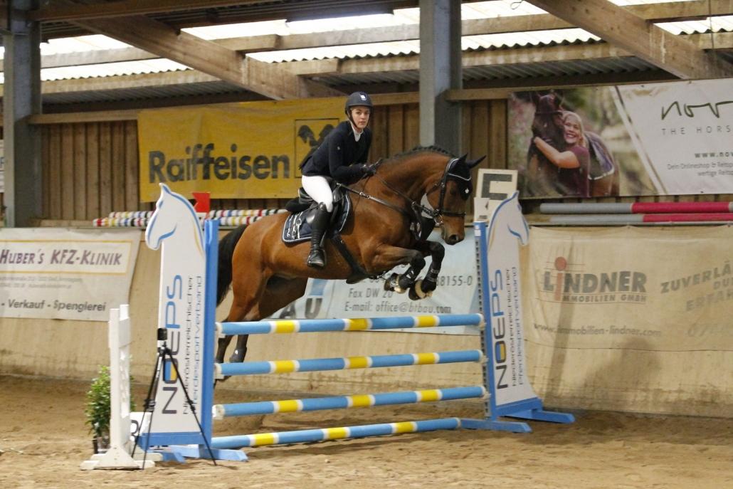 Siegerin in der Marstall Einsteiger Trophy in Allhartsberg: Johanna Wasserburger von der Ländlichen Reitergruppe Rohrendorf. © Krisztian Buthi