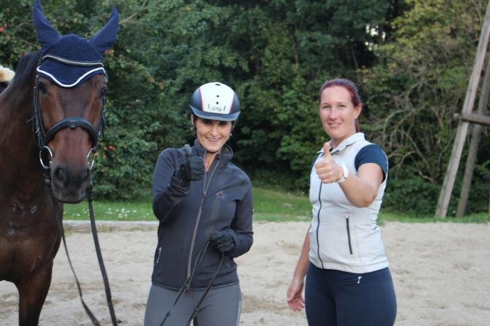Mag. Christina Lechner und Mag. Victoria Weber freuen sich über zahlreiche Rückmeldungen aus Ausbildnerkreisen. © Uwe Panzenböck