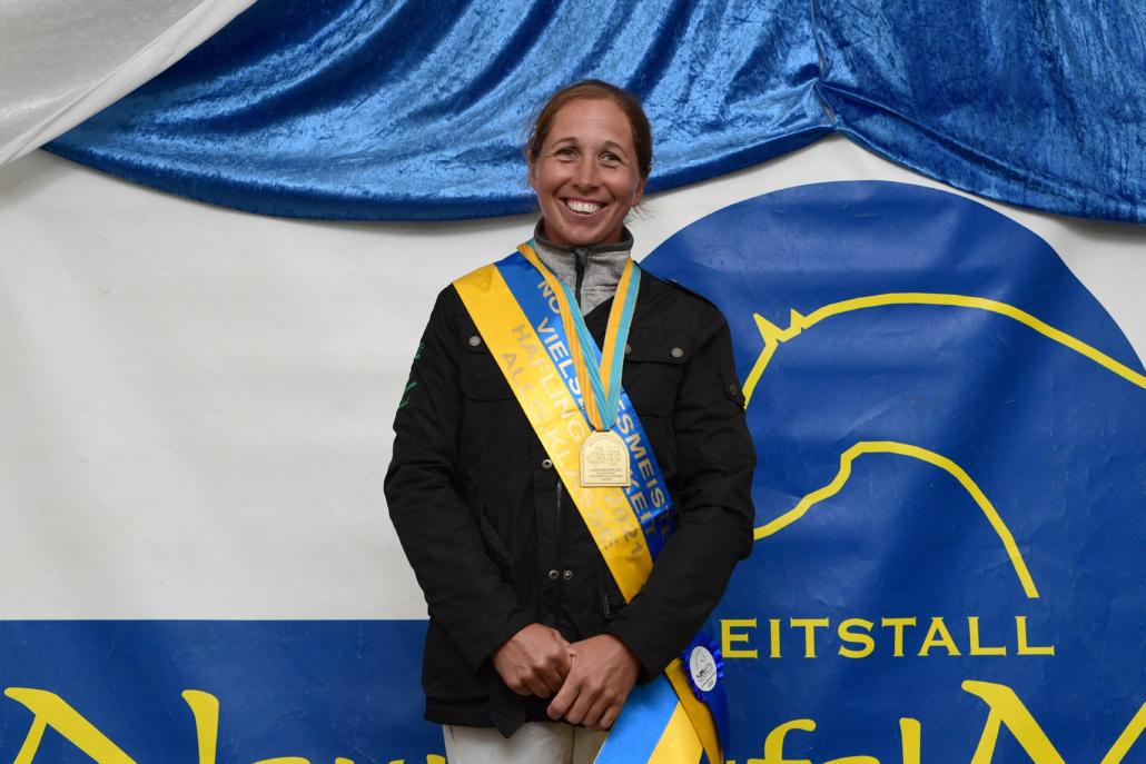 Die niederösterreichische Landesmeisterin der Haflinger 2021 Claudia Stoiser. © HORSIC