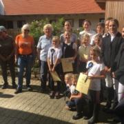 Herzliche Gratulation den erfolgreichen Prüflingen am Maishof. © privat